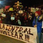 Llegaron técnicos chinos por la central nuclear proyectada y se encendió la protesta