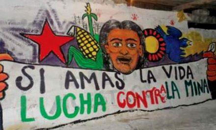"""Obispo de Latacunga: """"La actividad minera sólo deja agua y campos contaminados"""""""