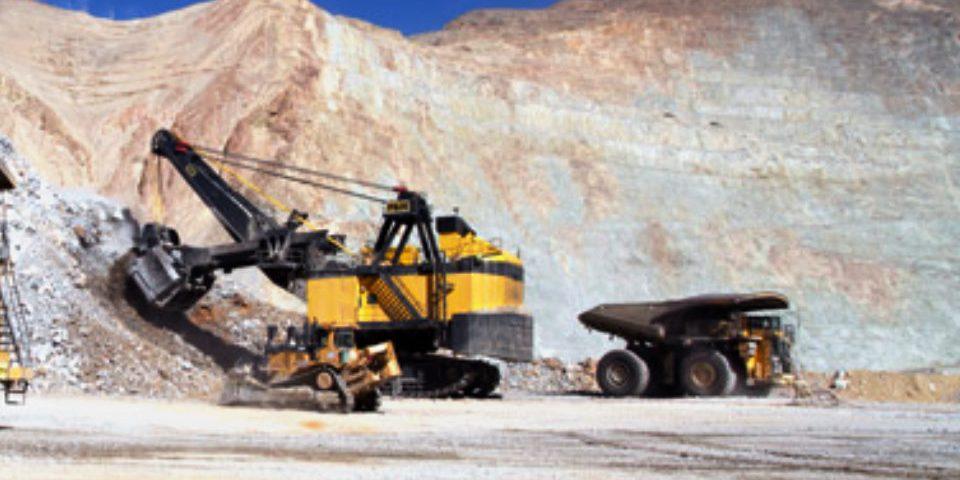 Justicia argentina ratifica fallo contra minera Los Pelambres por escombros tóxicos