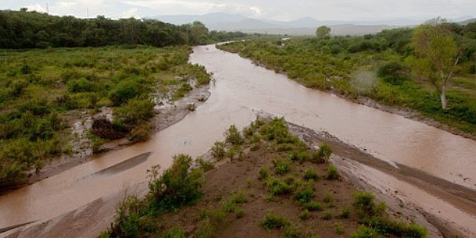 El derrame tóxico minero en el río Sonora continúa afectado a la población tres años después