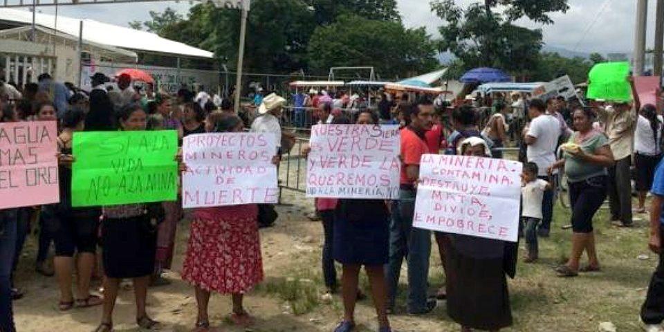 Mujeres del Soconusco piden a gobernador detener la minería