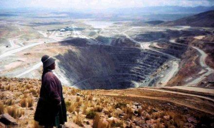 Nativos peruanos demandaron a compañía minera