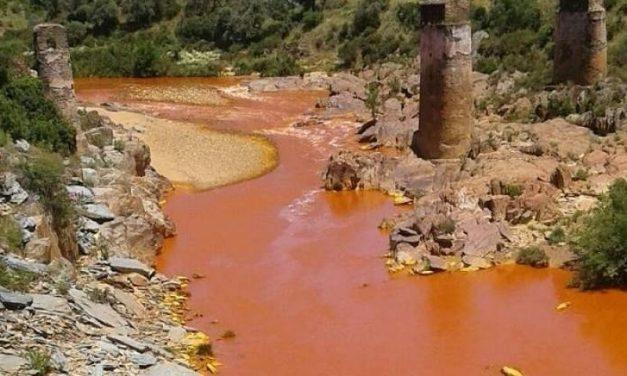 """El vertido minero de La Zarza, un """"delito"""" que ha costado 1,2 millones de euros"""