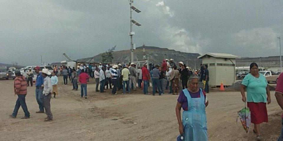 Toman acceso a la minera Peñasquito