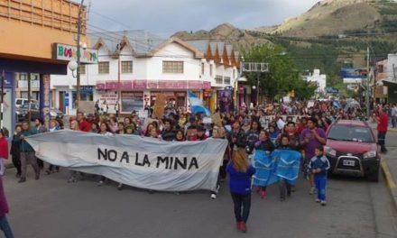 Hoy se celebran los 15 años de movilizaciones del No a la Mina