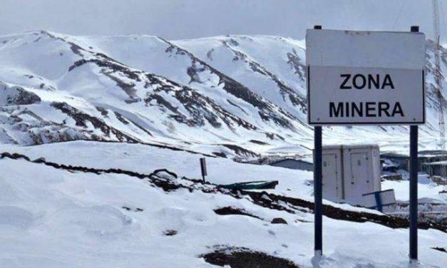 Funcionarios: Primero las mineras, aunque cueste los glaciares