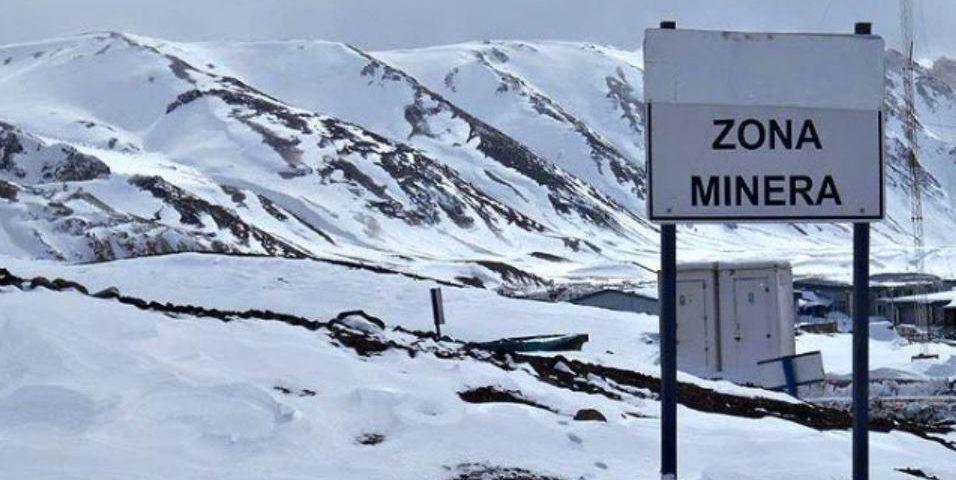 La minería o el medio ambiente: la discusión de fondo en las reformas a la ley de glaciares