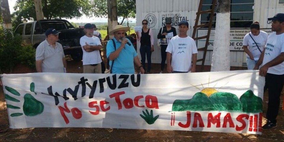 Ecologistas y vecinos en contra de la explotación minera en el Ybytyruzú