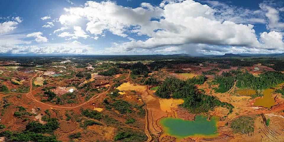 """Ecocidio del Arco Minero del Orinoco: """"El cianuro no es una alternativa limpia"""""""