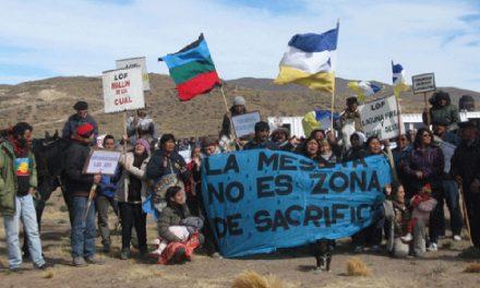 Múltiple ofensiva de Macri para explotar minerales en la cuna antiminera