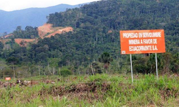 Referendum en Ecuador prohibiría minería metálica enáreas protegidas, zonas intangibles y centros urbanos