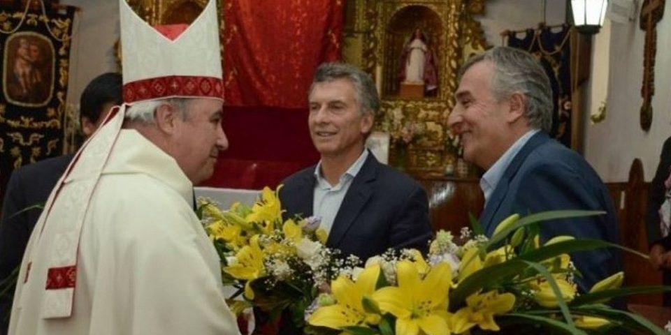 """Obispo al presidente: """"los pobres trabajan y pagan impuestos, las mineras no"""""""