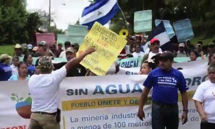 Marchan contra minería en Chontales