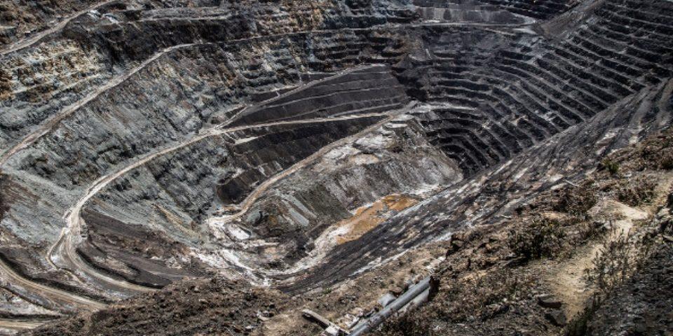 Minería: Cuando una decisión es para siempre