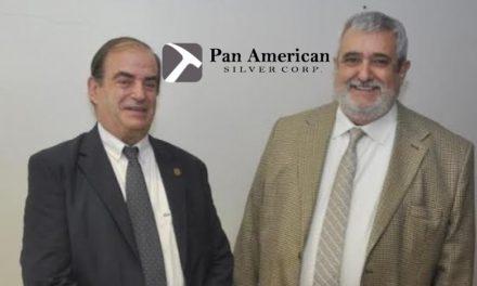 Dos diputados al servicio de Pan American Silver publicitan el proyecto Navidad