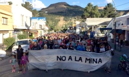 Esquel marchó hermanada con otras ciudades y pueblos de Chubut por el NO A LA MINA
