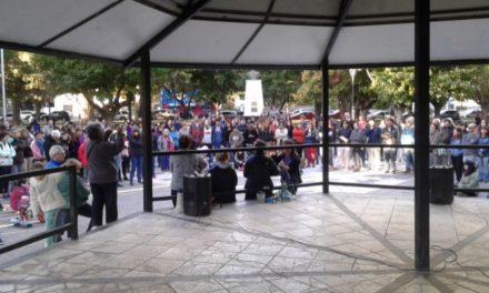"Asamblea a cielo abierto repotenció la lucha contra la ""salida minera"""