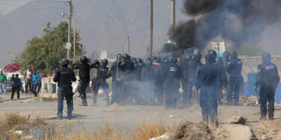 Policía reprimió bloqueo del acceso a futura planta de cianuro