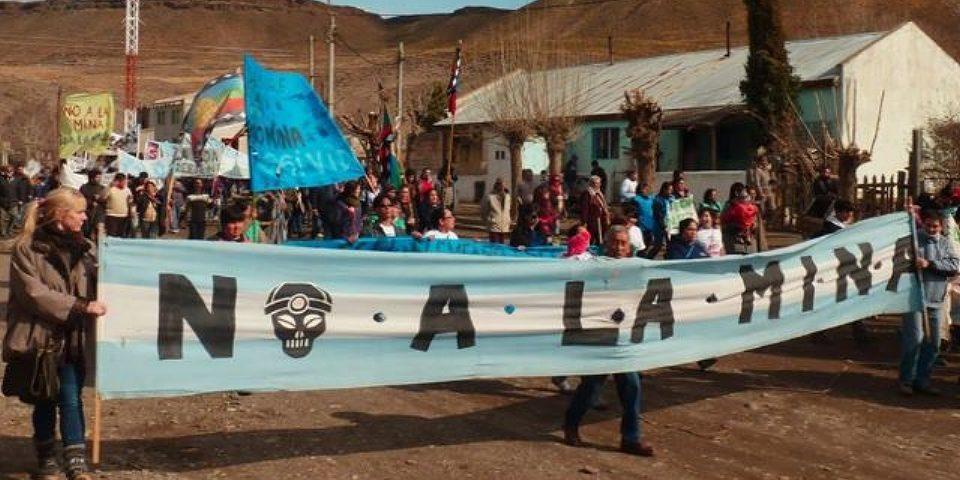 Asambleas neuquinas presentaron proyecto de ley para prohibir el uso del agua en la megaminería