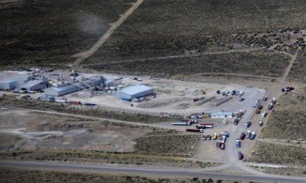 El negociado con las arenas silíceas: A Chubut le quedan solo $0,15 por tonelada