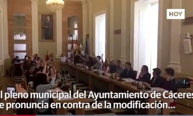 El pleno municipal rechaza modificación que favorecería explotación de litio