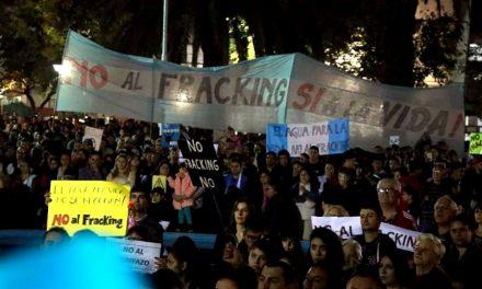 Masiva pueblada contra el fracking en General Alvear