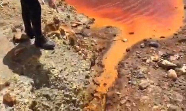 Ésto hacen las mineras en las cuencas con sus pasivos ambientales