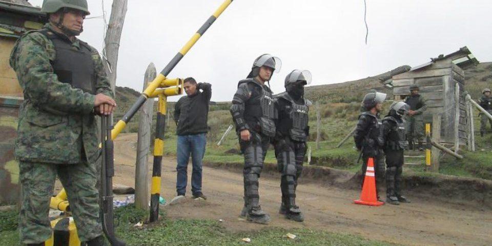 Por el bloqueo de pobladores, 300 uniformados protegen la mina Río Blanco