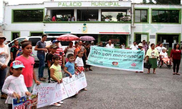 Pobladores de Actopan y Alto Lucero se unen contra proyecto minero La Paila