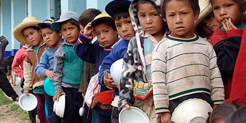 Departamentos mineros peruanos lideran pobreza y desnutrición crónica infantil