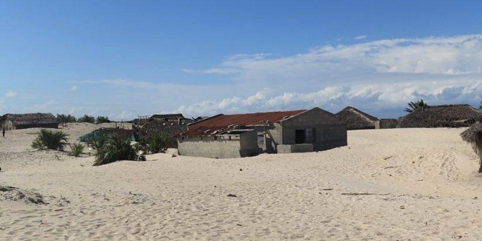 Suspenden devastadora explotación de minera china en Mozambique