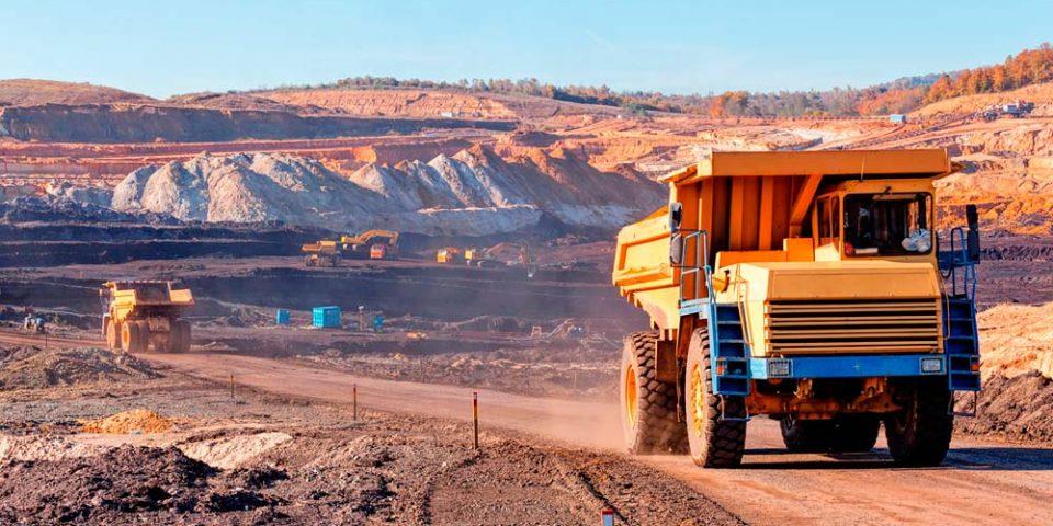 Tribunal suspende la concesión de títulos mineros en Colombia