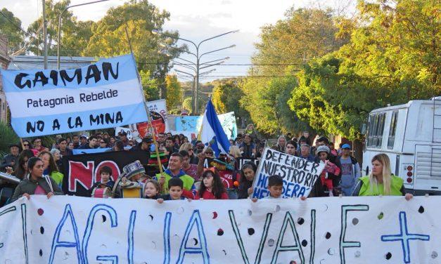 Gran marcha en Gaiman junto al Valle, la Meseta y la Costa