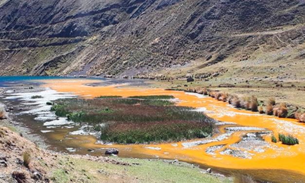 Derrame minero en Perú contamina aguas del río Santa